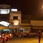 ein schöner Abend auf dem Platz in Corralejo