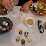 Arbeitstisch der Porträtmalerin Kathi Herzog