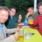 Jubiläumsfest, 02.07.2016: ... und The ClanMakeNoise beim Essen