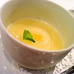 季節のフルーツスープ