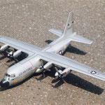 ロッキード  C-130B (1/60)