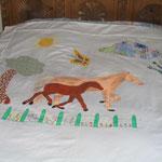 Grande housse de couette pour lit de 90 sur 180 motif apliqué et peint.