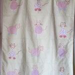 HOUSSE DE COUVERTURE tissu coton,apliqué petits chats et broderie, intérieur couverture matelassé prix 50euros d.75x95cm