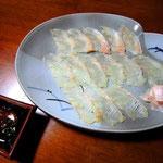 平目の薄造り。大満足の北海道の旨味ですっ!