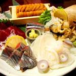 北海道居酒屋には、欠かすことのできない、新鮮海鮮盛り合わせ♡