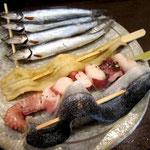 海鮮の種類は豊富。一品¥180~280くらい。