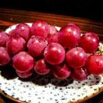 ボクは普段、果物はあまり食べないんです。けど、久しぶりに食べると美味しいね。