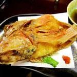 """超高級魚""""キンキ""""を、唐揚げにしちゃった!もったいな~い。でも、実に美味しいっ!"""