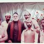 Syed Yusufmia Maharaj with his father's Murids at Faisalabad 1982