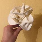 Weiße Rose aus Ballons