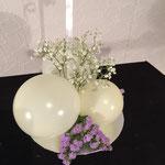 H13: Ballons und Blumen kombiniert