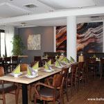 H2: Vorherbild einer Ballondekoration im Restaurant