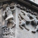 Relief an der Kathedrale von Barcelona