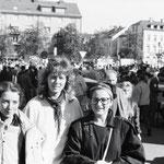 Julia Arnold in Hof (rechts). Fotografiert von dem ersten Polizisten, vor dem ich keine Angst habe.