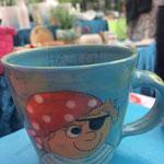 """Kindertasse """"Kleiner Pirat"""" Maxi Artikel - Nr. 5033  (H 8  ∅ 9 cm, 220 ml ) /15,- €"""