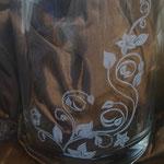 Vase dreieckig 1/2 - Gravur über Eck