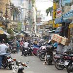 Embouteillage dans une rue de Saïgon