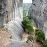 A pied vers l'ermitage d'Agio Pnevma