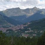 Metsovo enfermé dans ses hautes montagnes