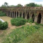 Pont khmer du XIIè siècle