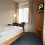 Einzelzimmer mit Dusche/WC, Südbalkon