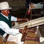 Herstellung eines Teppichs.