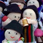 Typische Otavaleños Puppen.