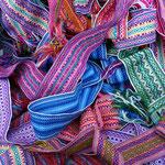 Bunte Fajas. Die Gürtel der indigenen Frauen.