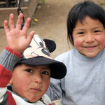 Indigene Jungs.