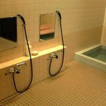 お風呂 女性 男性 17:00から|シャワー5台