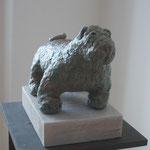 Gruener Hund, Mixed Media sculptur, Papiermache, bemalt, Enamel bronze