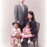 長女3歳七五三(家族写真)