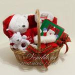 """Подарочная корзина для новорожденного малыша  """" My First Christmas """"  - Подарок на Новый год или Рождество ."""