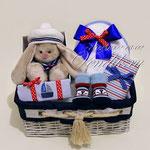 """Подарочный набор в корзине для малыша """"Морячок"""""""