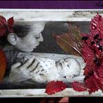 Fotografía transferida a lienzo y decorada con hojas y bayas de Saúco y pintura acrílica NO DISPONIBLE