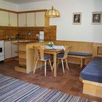 Wohnküche im Appartement Serles