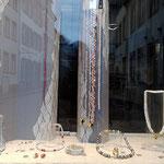 Schaufenster Ecke mit Perlen