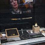 schaufenster hauptstrasse, opale, silber und gold