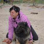 Canis und ich am Fußballstrand in Heringsdorf
