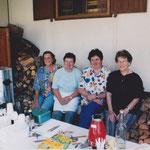 2000 Helferinnen, Ursula Salvatore, Vreni Deiss, Hanny Acklin, Helen Müler