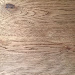 天板は節有ナラ材の突板を使用してあり、味わい深い仕上がりです。