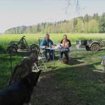 Die drei machen ein Picknick...