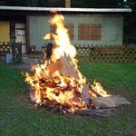 Das Feuer brennt