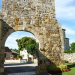 Porte d'entrée du chateau