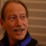 Peter Schicks, Bass