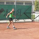 Günter kämpft gegen Gegner und Wadenverletzung
