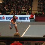 Kämpft sich nach einigen knappen Matches zum Turniersieg 2011