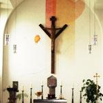 Chorraum mit Gabelkreuz