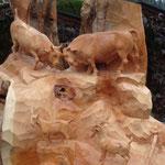 Tierscene aus Zirbenholz, roh