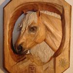 Haflinger Relief aus Lindenholz, coloriert